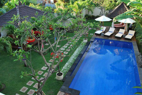 5 Pool Remodeling Ideas to Impress Your Friends
